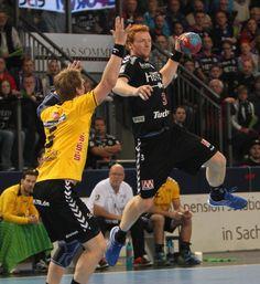 Der Derbysieger kommt aus Erlangen. Der HCE hat auch sein fünftes Heimspiel in Folge gewonnen. Die Mannschaft von HCE-Cheftrainer Robert Andersson besiegte die HSC 2000 Coburg hochverdient mit 31:24. www.hc-erlangen.de/ #handball #bundesliga #sport #erlangen #hcerlangen #hlstudios