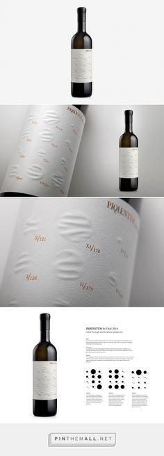 Vital wine label shows rainfall amount - design by Studio Sonda (Croatia) - Wine Label Design, Bottle Design, Wine Advertising, Wine Baskets, Wine Brands, Wine Packaging, Wine And Beer, Wine And Spirits, Packaging Design Inspiration