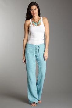 Love linen pants with tanks, cute casual summertime night outfit