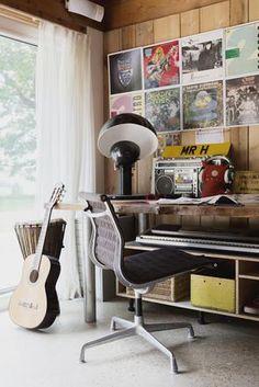 East Sussex - bedroom desk