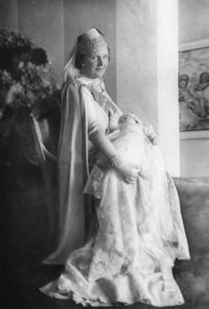 Princess Juliana of the Netherlands with her daughter Beatrix.