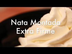 Nata Montada Extra Firme. En este video os explicamos de nuevo como hacer nata montada o crema batida bien firme para rellenar tartas y pasteles, con todos l...