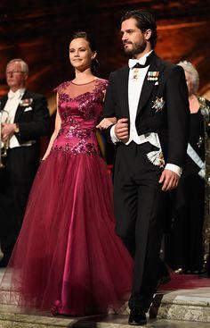 Prince Carl Philip shows off fiancée Sofia Hellqvist at Sweden's Nobel prize ceremony - Photo 1   Celebrity news in hellomagazine.com