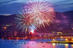 fireworks over water images | Fireworks over the water at Hobart