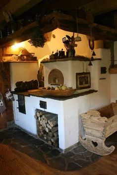 Old Kitchen, Rustic Kitchen, Rustic Outdoor Spaces, Stair Shelves, Cedar Table, Stove Top Oven, Outdoor Oven, Rustic Home Design, Tiny House Cabin