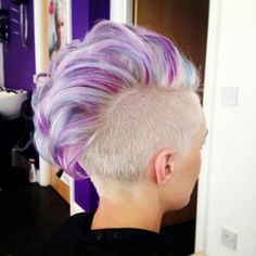 Cool Short Side Haircuts , From just one side haircuts of the head for short haircuts to this example styles would fits you perfectly. If you have a good stylist, you may try th. Short Sides Haircut, Side Haircut, Short Hair Cuts, Short Hair Styles, Pixie Mohawk, Wavy Pixie, Pixie Hairstyles, Cute Hairstyles, Chica Punk