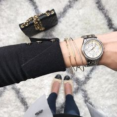 From where we're standing, the BELMORE Chrono seems like the perfect accessory for ringing in the new year. 📷@Corporatecatwalk #MICHELEwatches