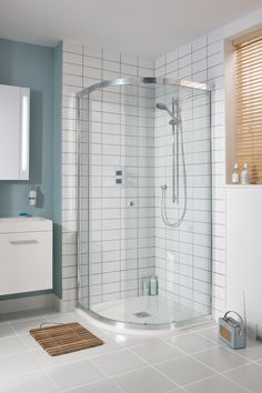 Maximise space in a small bathroom with the Simpsons Edge offset quadrant shower enclosure Small Bathroom With Shower, Bathroom Design Small, Bathroom Interior Design, Bathroom Ideas, Clawfoot Tub Shower, Quadrant Shower Enclosures, Bad Inspiration, Rustic Bathrooms, Shower Floor