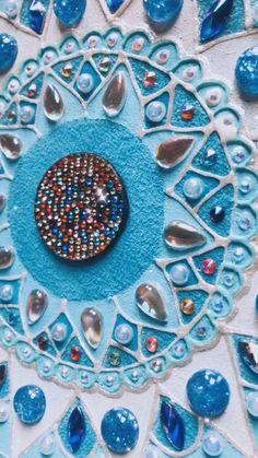 Mandala notebook cover DIY by Victoria Linnen art Mandala Drawing, Mandala Art, Diy Gifts, Handmade Gifts, Victoria, Linen Bag, Diy Christmas Gifts, Diy Clothes, Diy Fashion