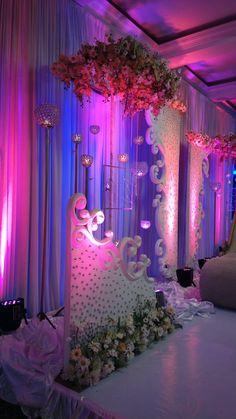 MV design Indian Wedding Theme, Arab Wedding, Wedding Mandap, Indian Wedding Outfits, Wedding Themes, Luxury Wedding, Wedding Designs, Wedding Aisle Decorations, Festival Decorations