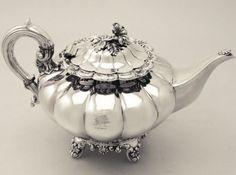 Antique Irish Sterling Silver Teapot with a little bird on top. Vintage Silver, Antique Silver, Antique Jewelry, Silver Teapot, Morris, Bronze, Teapots And Cups, Silver Spoons, Tea Service