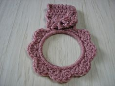 Towel Holder Crocheted Ring - Mauve/Pink