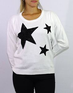 Sweater Blanco Estrellas (Oasis) $549.00 Oasis, Clothing, Templates, White Sweaters, Stars, Wraps, Black, Outfits, Outfit Posts