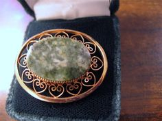 Nice 1/20 12K GF Gold Filled Brooch Green Mottled Stone Filigree Lacy Metalwork #12012kGoldFill
