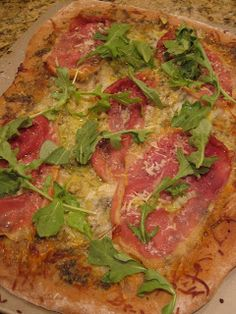 pb & kelly: gourmet grub: artichoke, proscuitto & arugula pizza and spring salad with pistachio-crusted goat cheese