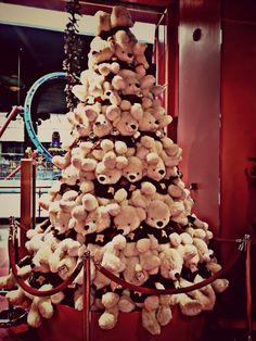 Christmas tree@ hamleys toy store!