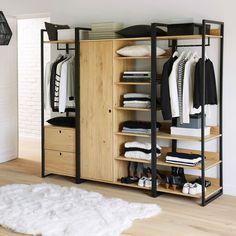 Le module penderie + 3 étagères, Hiba. Il offre tous les espaces de rangement: à l'horizontale avec ses 3 étagères de belles dimensions. En hauteur, avec sa barre de penderie pour y suspendre vos vêtements. Se fixe au mur ou s'adapte aux autres modules du dressing Hiba.Descriptif du module penderie + 3 étagères Hiba :1/2 penderie ouverte avec 1 étagère.1/2 lingère ouverte avec 3 étagères.Caractéristiques du module penderie + 3 étagères Hiba:Structure métal noir mat. Caissons et ta...
