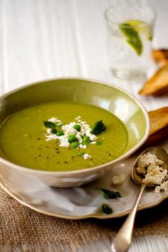 Fresh-Pea-and-Mint-Soup-with-Garlic-Bruschetta