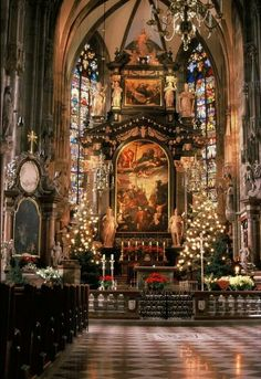 Stephansdom - Wien Christmas time at St Stephens Cathedral - Vienna, Austria St Stephen's Cathedral Vienna, Cathedral Church, Casa Steampunk, Old Churches, Catholic Churches, Church Architecture, Beautiful Architecture, Art Et Illustration, Noel Christmas