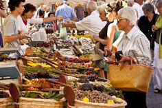 Market day in Saint Remy de-Provence, France