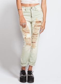 The Slacker jeans by Unif are sort of an ex-boyfriend fit. Shredded up like his heart after you dumped him. High-rise.   100% Cotton Denim  Model wears a size 25