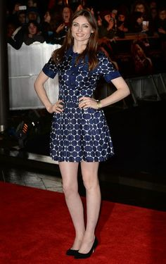 """- Sophie Ellis Bextor in short polka dot dress attends the UK Premiere of """"The Hunger Games: Catching Fire"""" at Odeon Leicester Square - 2 of 11 Sophie Ellis Bextor, Polka Dot Mini Dresses, Dot Dress, Famous Girls, Celebrity Beauty, Dress Patterns, Bunt, Nice Dresses, Short Sleeve Dresses"""