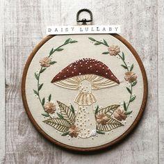 Learn Embroidery, Modern Embroidery, Embroidery Hoop Art, Hand Embroidery Patterns, Cross Stitch Embroidery, Embroidery Designs, Embroidery Techniques, Textiles, Needlepoint