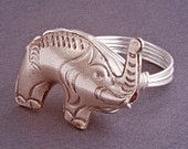 love elephants and this ring