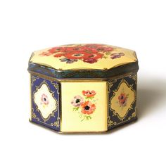 Fillerys Toffees Tin Toffee, Birmingham, Decorative Boxes, Vintage, Design, Tin Lunch Boxes, Sticky Toffee, Candy