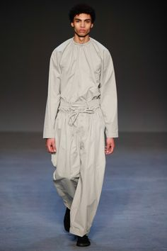 The Force is strong at London's menswear shows Beautiful Outfits, Cool Outfits, Runway Fashion, Mens Fashion, Craig Green, Stylish Boys, Traditional Outfits, Duster Coat, Raincoat