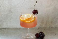 8 gin cocktail recipes for your summer garden party or BBQ Gin Drink Recipes, Gin Cocktail Recipes, Vodka Cocktails, Paper Plane Cocktail, Watermelon Cooler, Drink Names, Cocktail Names, Grapefruit Cocktail, Bourbon Drinks