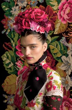 Susanne Bisovsky's collection is a tribute of her country's traditional costume, tracht, and the great Frida Kahlo by Atelier Olschinsky Foto Fashion, Fashion Art, Editorial Fashion, Fashion Shoot, Moda Floral, Frida Kahlo Costume, Art Conceptual, Frida Art, Karen Elson