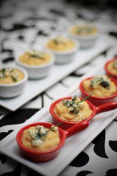 Mini polenta com gorgonzola