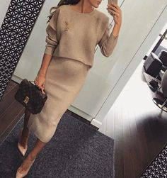Women S Fashion On Suits Tv Show id: 4475968567 - Damen . - Women S Fashion On Suits Tv Show id: 4475968567 – Ladies Fashion Spring - Cute Maternity Outfits, Stylish Maternity, Maternity Fashion, Winter Pregnancy Outfits, Celebrity Maternity Style, Pregnant Outfits, Mode Outfits, Fall Outfits, Casual Outfits