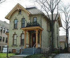 Desmond-Farnham-Hustis House Milwaukee WI