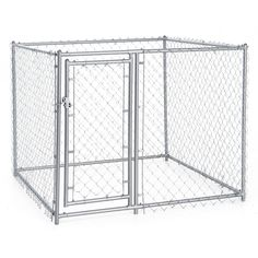 The Lucky Dog Box Chain Link dog kennel is constructed of 100-percent commercial grade steel frame, and a galvanized heavy-duty single roll of 12-gauge chain link fabric. The frame has a durable powder coat finish offering functionality and value.
