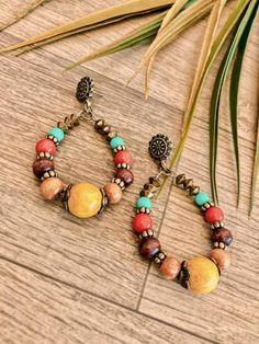 Diy Jewelry, Jewelery, Handmade Jewelry, Jewelry Making, Beaded Earrings, Statement Earrings, Stud Earrings, Soutache Jewelry, Beaded Jewelry