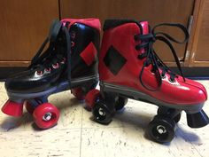 Custom Painted Harley Quinn Derby/Roller Skates by MunchkinCosplay