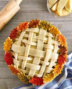 Part baking project, part art project. We love watercolor pie crust featuring our Fall Pie Crust Cutters. Fall Recipes, Holiday Recipes, Pie Crust Designs, Pie Decoration, Pies Art, Thanksgiving Pies, Thanksgiving Decorations, Dessert Recipes, Food And Drink