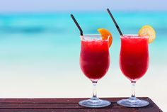Life is really hard when you have to choose… Beach or Pool? Cocktail or Ice-cold coffee?