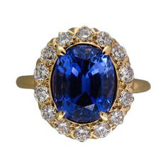 Wow check out this Tiffany & Co. 4.90 carat sapphire and diamond ring!