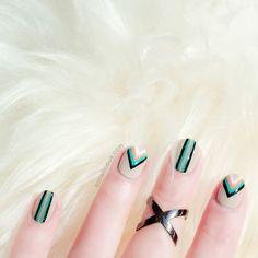 Geometric Nail Art Tutorial: http://sonailicious.com/geometric-nail-art-tutorial/