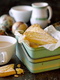 Gluten Free citrus Shortbread from Jamie Oliver - YUM! Gluten Free Sweets, Gluten Free Cooking, Gluten Free Recipes, Fruit Recipes, Snack Recipes, Veggie Recipes, Baking Recipes, Diet Recipes, Recipes