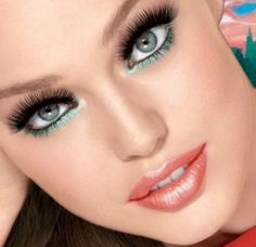 I use this eye makeup all the time! Turquoise eyeliner just underneath the eye and why not on the upper eyelid also.