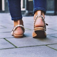 Jeweled Sandals Holy crap yes! Crazy Shoes, Me Too Shoes, Jimmy Choo, Christian Louboutin, Jeweled Sandals, Pumps, Look Fashion, Looking For Women, Wedding Shoes