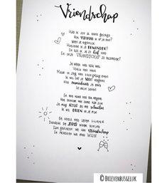 • V R I E N D S C H A P • ©️ ~~ 🖤 ~~ Dit gedicht schreef ik in opdracht van Yvonne die haar vriendin graag wilde laten weten hoe blij ze… Text Quotes, Love Quotes, Text Me, True Friends, Happy Thoughts, Friendship Quotes, Wisdom Quotes, Bff, Poems