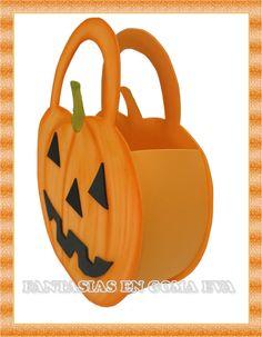 FANTASIAS EN GOMA EVA: Detalles Halloween