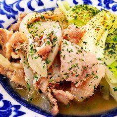 7月8日夕食メニュー ●豚肉とキャベツのポトフ風 ●シーザーサラダ ●ソーセージのクリームスープ - 9件のもぐもぐ - 豚肉とキャベツのポトフ風 by 下宿hirota&メゾンhirota