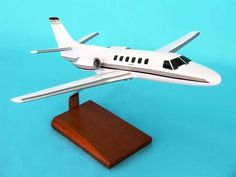 EXECUTIVE SERIES 1/40 DESKTOP MODEL S-11 CITATION! MINT! H1140