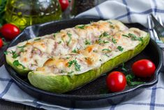 Need more zucchini in your life? This delicious dish is a collab between zucchini and pizza. Chicken Zucchini Boats, Zucchini Boat Recipes, Sausage Stuffed Zucchini, Zucchini Squash, Chicken Broccoli, Stuffed Zuchini, Grilled Roast, Tuna Melts, Sausage Breakfast